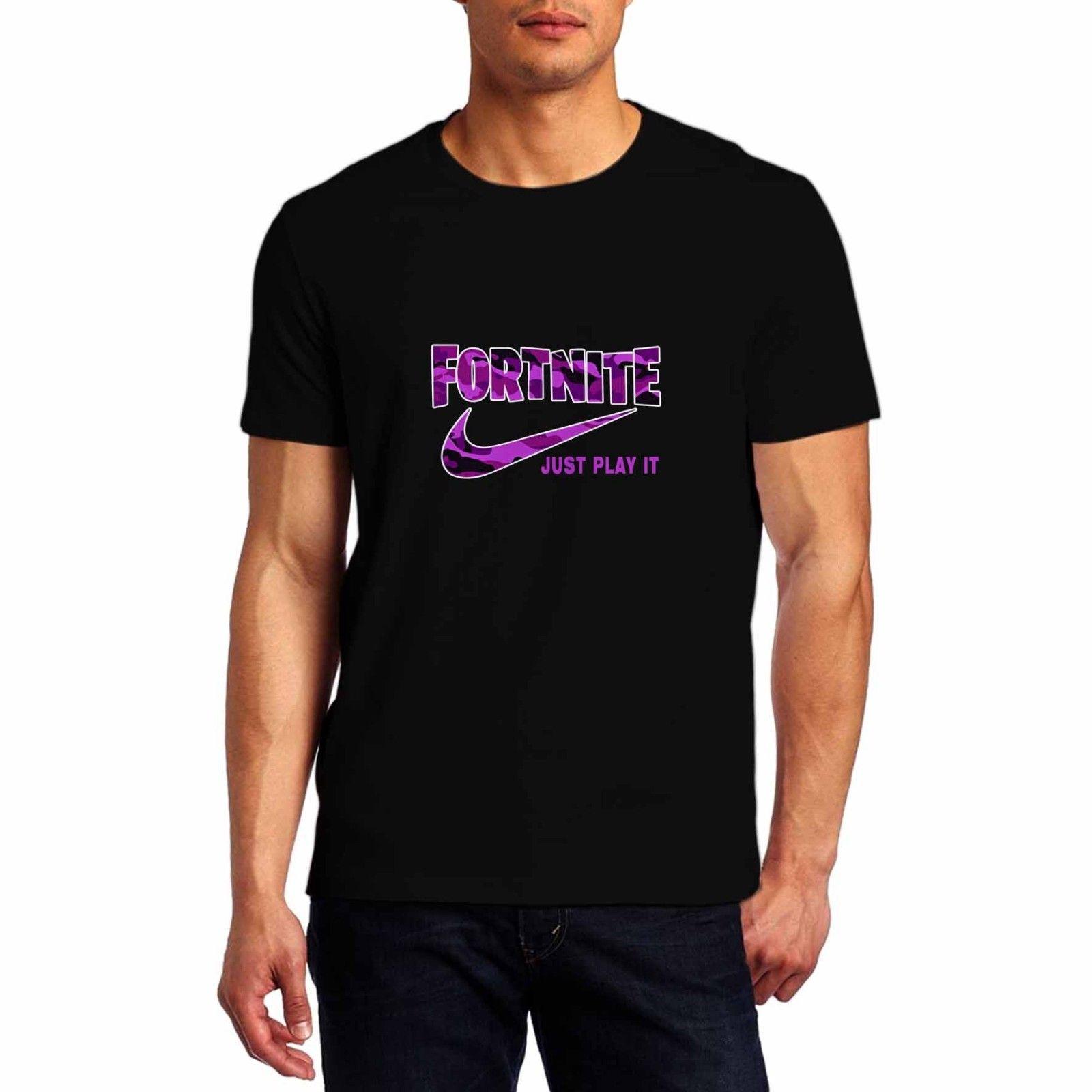 crecimiento Paralizar marcador  Camiseta logo Fortnite Just Play it negra morada - Mundo Friki